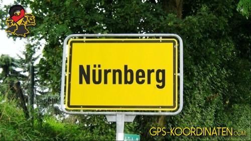 Einfahrtsschild Nürnberg {von GPS-Koordinaten|mit GPS-Koordinaten.com|und Breiten- und Längengrad
