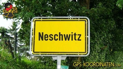 Verkehrszeichen von Neschwitz {von GPS-Koordinaten|mit GPS-Koordinaten.com|und Breiten- und Längengrad