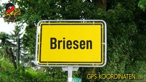 Einfahrtsschild Briesen {von GPS-Koordinaten|mit GPS-Koordinaten.com|und Breiten- und Längengrad