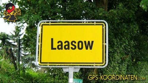 Einfahrt nach Laasow {von GPS-Koordinaten|mit GPS-Koordinaten.com|und Breiten- und Längengrad