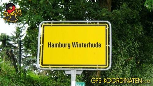 Einfahrtsschild Hamburg Winterhude {von GPS-Koordinaten|mit GPS-Koordinaten.com|und Breiten- und Längengrad