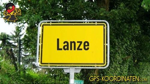 Einfahrt nach Lanze {von GPS-Koordinaten|mit GPS-Koordinaten.com|und Breiten- und Längengrad