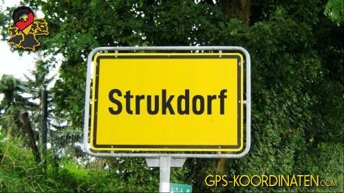 Einfahrtsschild Strukdorf {von GPS-Koordinaten|mit GPS-Koordinaten.com|und Breiten- und Längengrad
