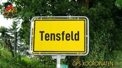 Einfahrtsschild Tensfeld {von GPS-Koordinaten|mit GPS-Koordinaten.com|und Breiten- und Längengrad