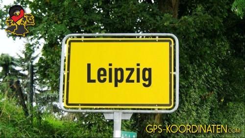 Einfahrtsschild Leipzig {von GPS-Koordinaten|mit GPS-Koordinaten.com|und Breiten- und Längengrad