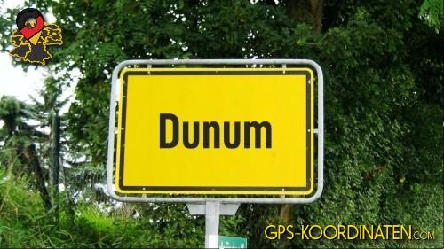 Ortseingangsschilder von Dunum {von GPS-Koordinaten|mit GPS-Koordinaten.com|und Breiten- und Längengrad