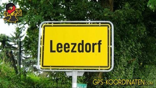 Einfahrt nach Leezdorf {von GPS-Koordinaten|mit GPS-Koordinaten.com|und Breiten- und Längengrad